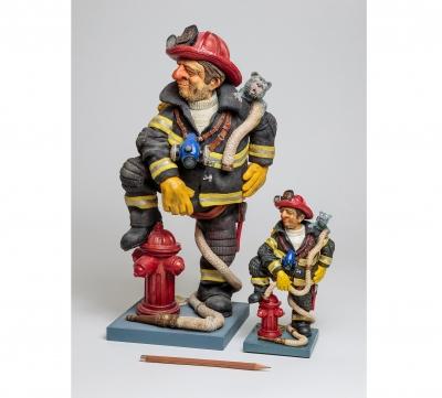 مجسمه فورچینو Firefighter